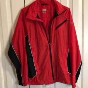 Columbia size small men's red black nylon jacket